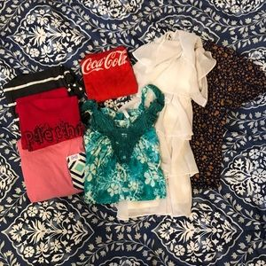 NOT SO MYSTERY BOX Women's Summer Tops Size Small